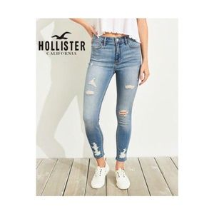 NWT Hollister High Rise Crop Skinny Jeans Ripped
